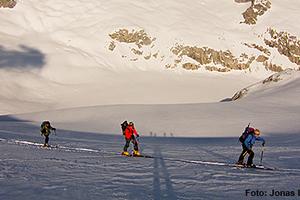 Genussvolle leichte Skihochtour in den Berner Alpen - Wildstrubel 3243m