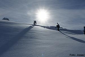 Genussvolle leichte Tageskitour, Pazzolastock 2740m