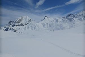 Genussvolle leichte Tages-Skitour im Berner Oberland-Ammertespitz