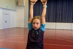Schaukelringe-Akrobatik