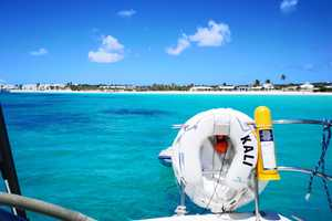 Christmas Cruising Grenada - St. Vincent and the Grenadines - Grenada