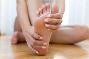 Punktuelle Massagegriffe für stimmige Fußmassagen