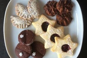 große Weihnachtsbäckerei - Dienstag, 15. Dezember, ab 6 Jahren