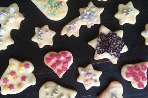 kleine Weihnachtsbäckerei - Dienstag, 08. Dezember, ab 4 Jahren