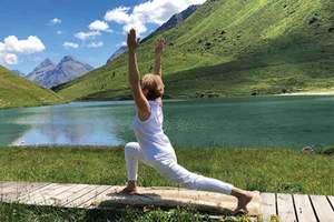 Zugang alle Hatha Yoga Lektionen mit Sternchen im Stundenplan