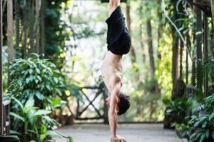 Di Handstand für Akrobaten