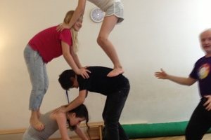 Rhythmik-Akrobatik 5-6 Jährige, am Mo 16.10h